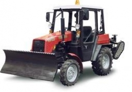Трактор Беларус-320 МК (отвал) (двигатель «Lombardini»)
